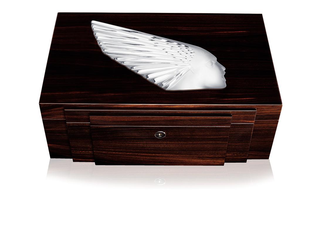 jewellery box Lalique victoire 10192800