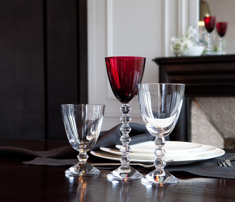 glass baccarat vega red wine glass 1365102. Black Bedroom Furniture Sets. Home Design Ideas